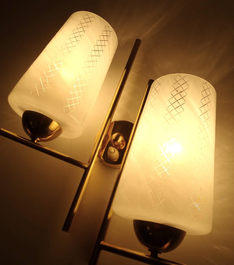 Pair of French  Midcentury Lunel Glass Brass Sconces,   Mirror Wall Lights For Sale 9