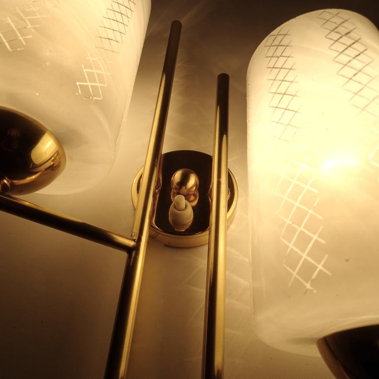 Pair of French  Midcentury Lunel Glass Brass Sconces,   Mirror Wall Lights For Sale 13