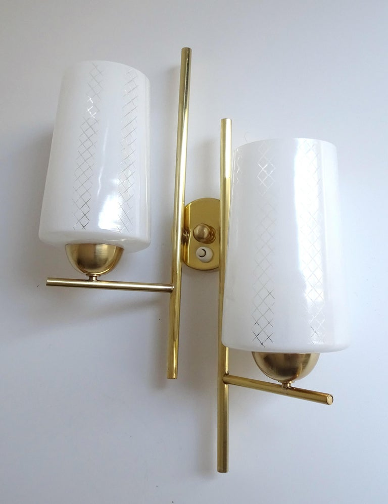 Pair of French  Midcentury Lunel Glass Brass Sconces,   Mirror Wall Lights For Sale 1