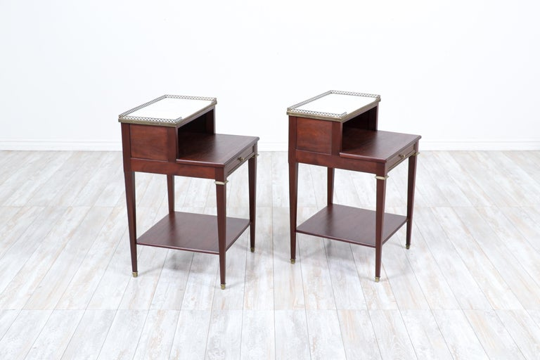 Mid-20th Century Pair of French Neoclassical Nightstands For Sale