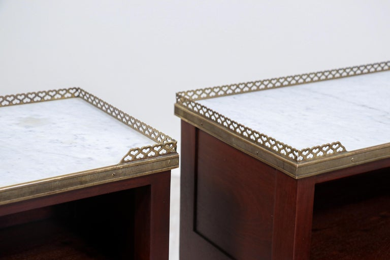 Pair of French Neoclassical Nightstands For Sale 3