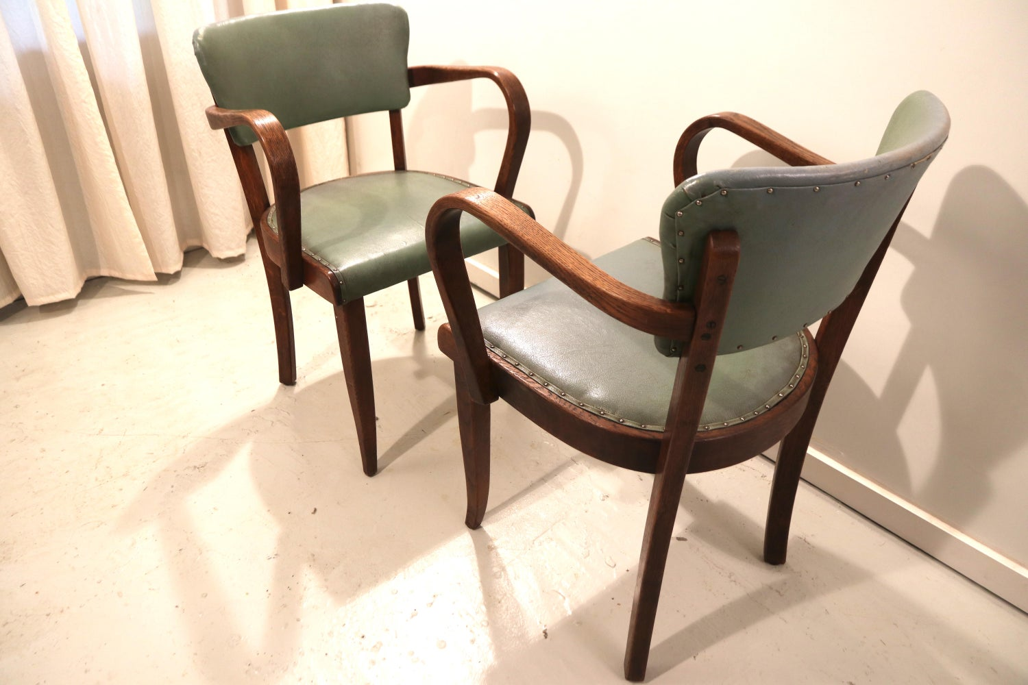 Design Stoelen Sale.Pair Of French Oak Side Chairs For Sale At 1stdibs