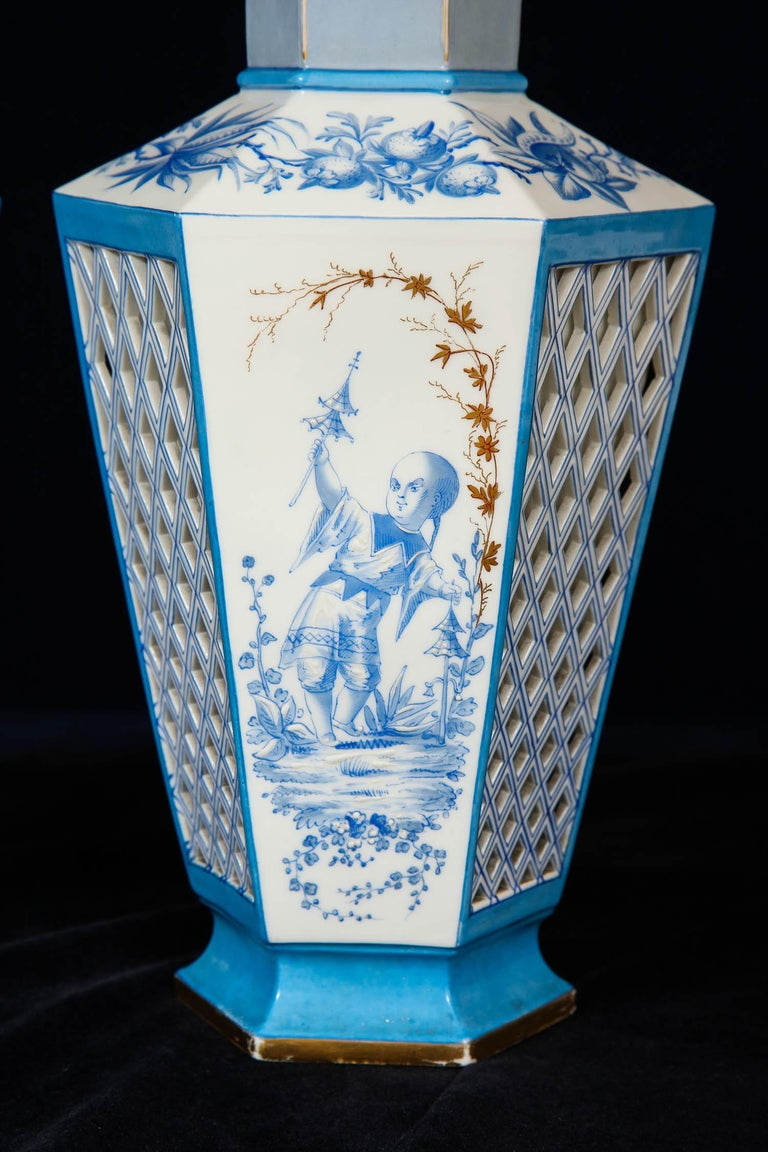 Hand-Painted Pair of French Paris Porcelain Blue and White Chinoiserie Style Open-Work Vases For Sale