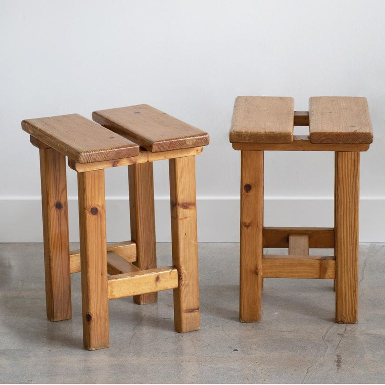Pair of French Pine Stool in the Style of Charlotte Perriand For Sale 6