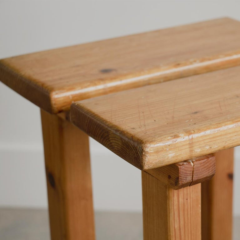 Pair of French Pine Stool in the Style of Charlotte Perriand For Sale 2