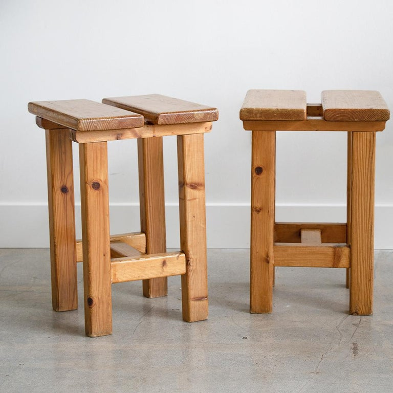 Pair of French Pine Stool in the Style of Charlotte Perriand For Sale 5