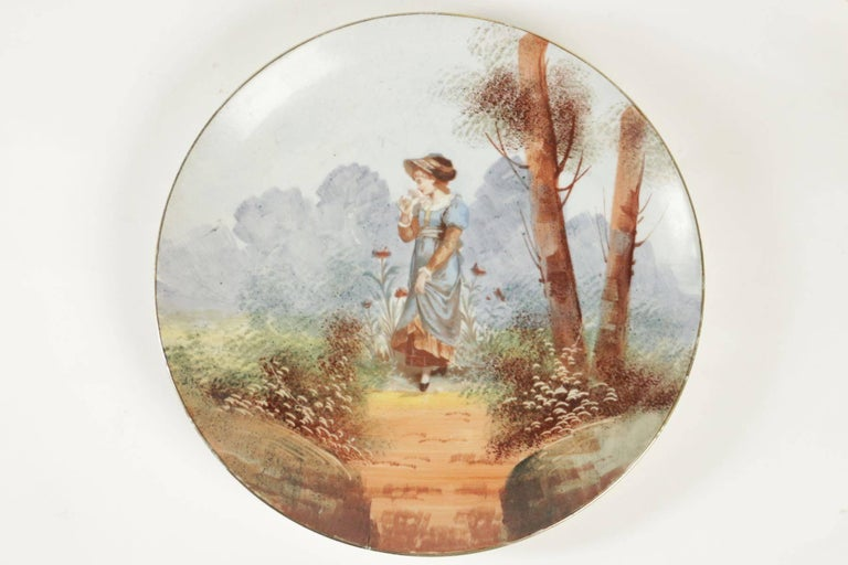 Napoleon III Pair of French Porcelain Hand Painted Plates from the 19th Century For Sale