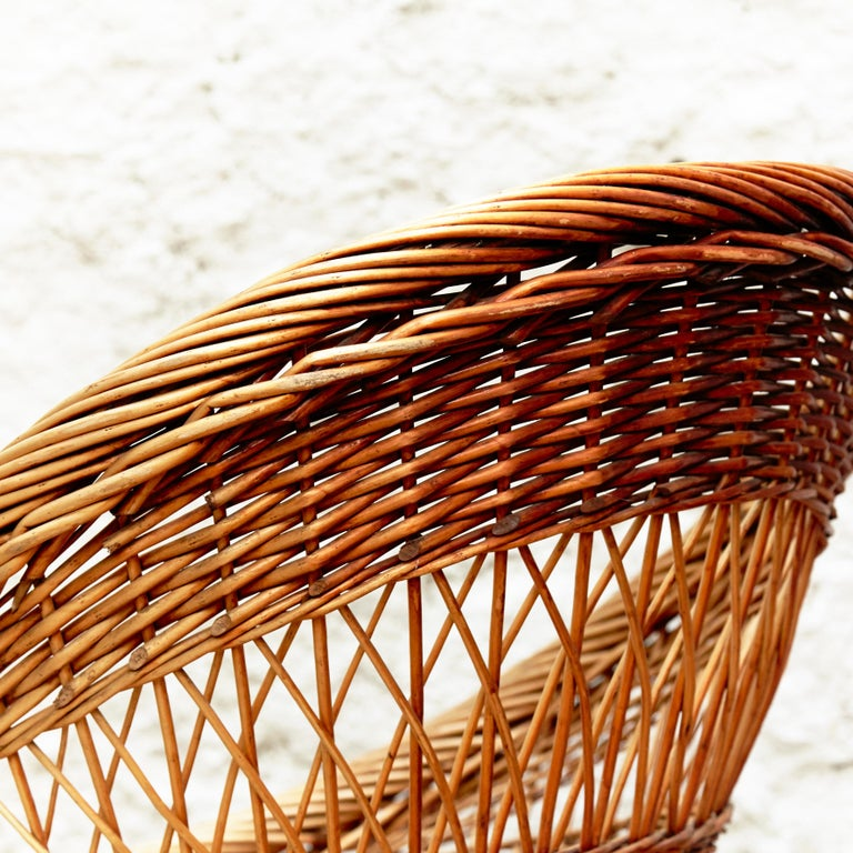Pair of French Rattan Egg Mid-Century Modern Easychairs, circa 1960 8