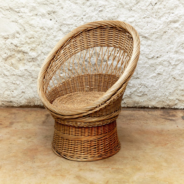 Pair of French Rattan Egg Mid-Century Modern Easychairs, circa 1960 4