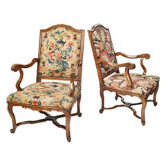 Pair of French Régence Armchairs with Petit Point Embroidery, France, circa 1725