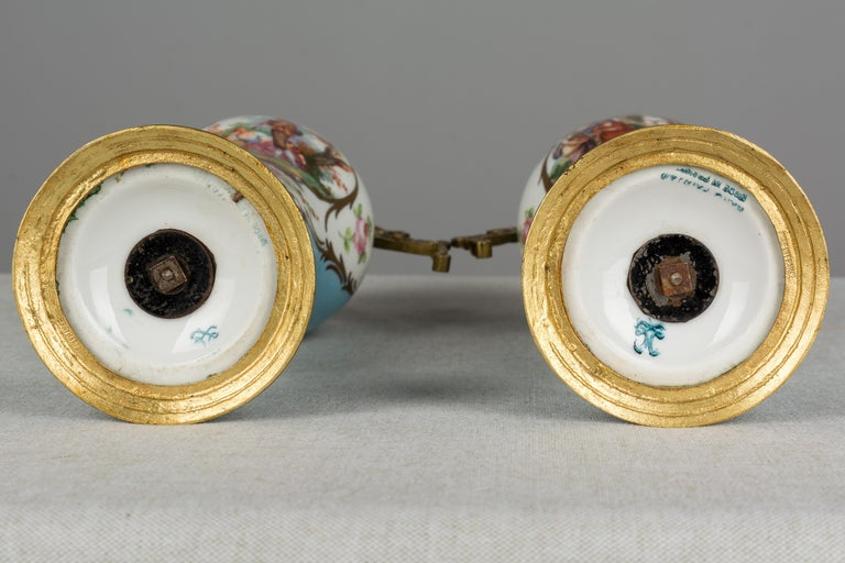 Pair of French Sèvres Porcelain Urns For Sale 3
