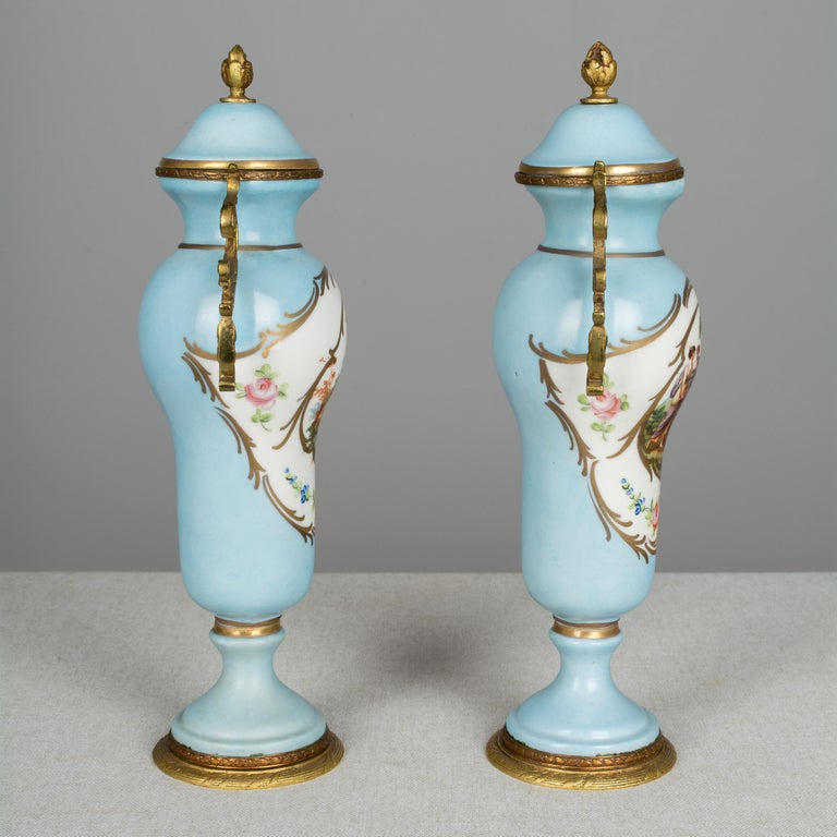 French Provincial Pair of French Sèvres Porcelain Urns For Sale