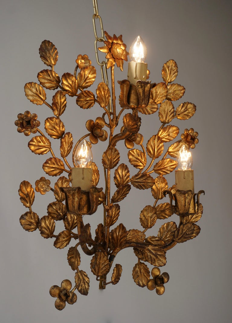 Hollywood Regency Pair of French Toleware Gilded Wall Lights For Sale
