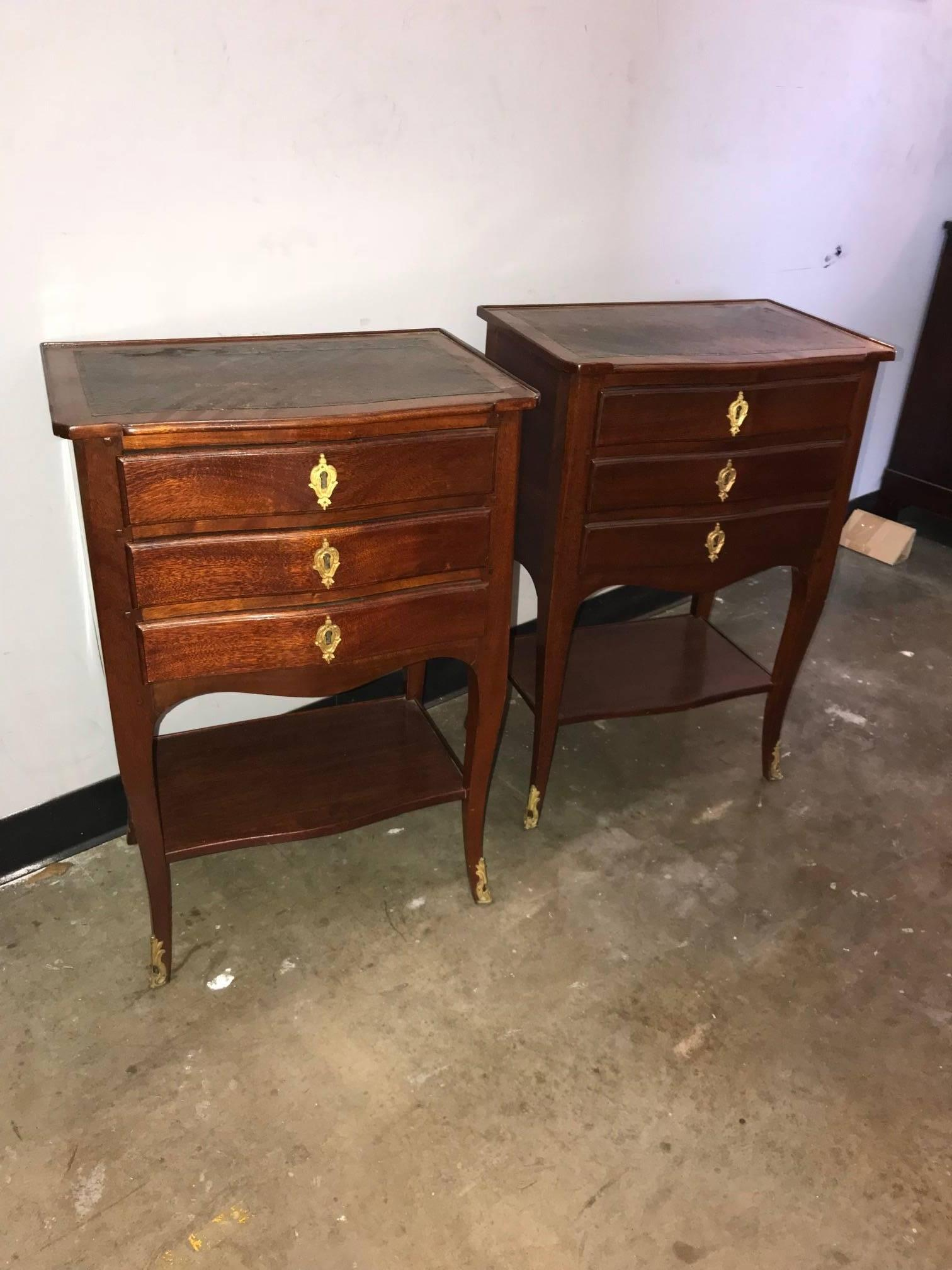 Louis XV Pair Of French Transitional Side Tables For Sale