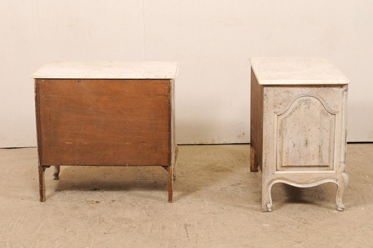 Pair of French Vintage Marble-Top Painted Wood Commodes with Pierced Skirts For Sale 5