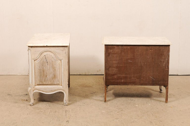 Pair of French Vintage Marble-Top Painted Wood Commodes with Pierced Skirts For Sale 6