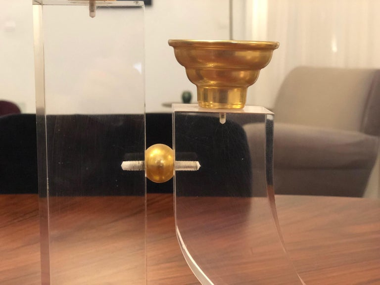 French Pair of Vintage Plexiglass Candlesticks or Bookends, 1970s For Sale 5