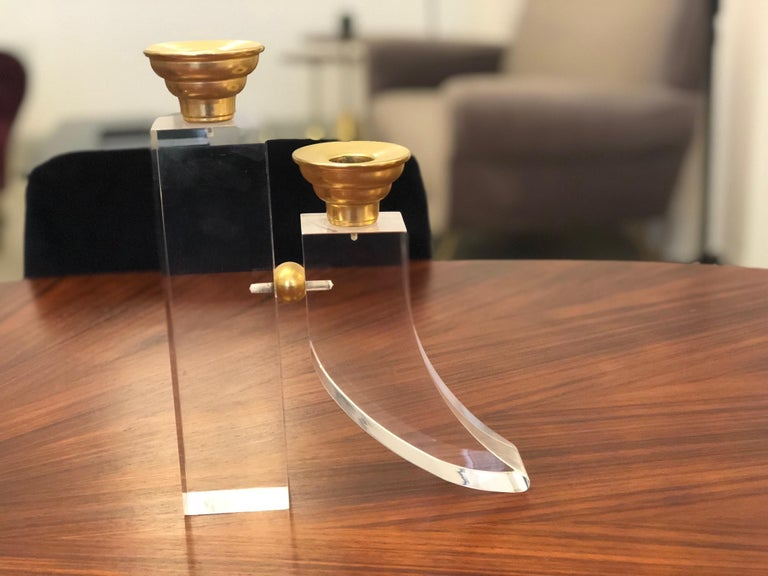 French Pair of Vintage Plexiglass Candlesticks or Bookends, 1970s For Sale 8