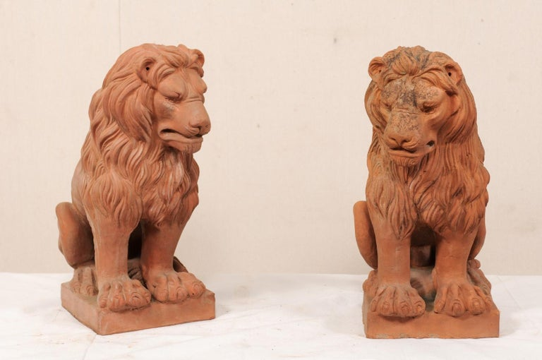 Pair of French Vintage Terracotta Snarling Lion Statues In Good Condition For Sale In Atlanta, GA