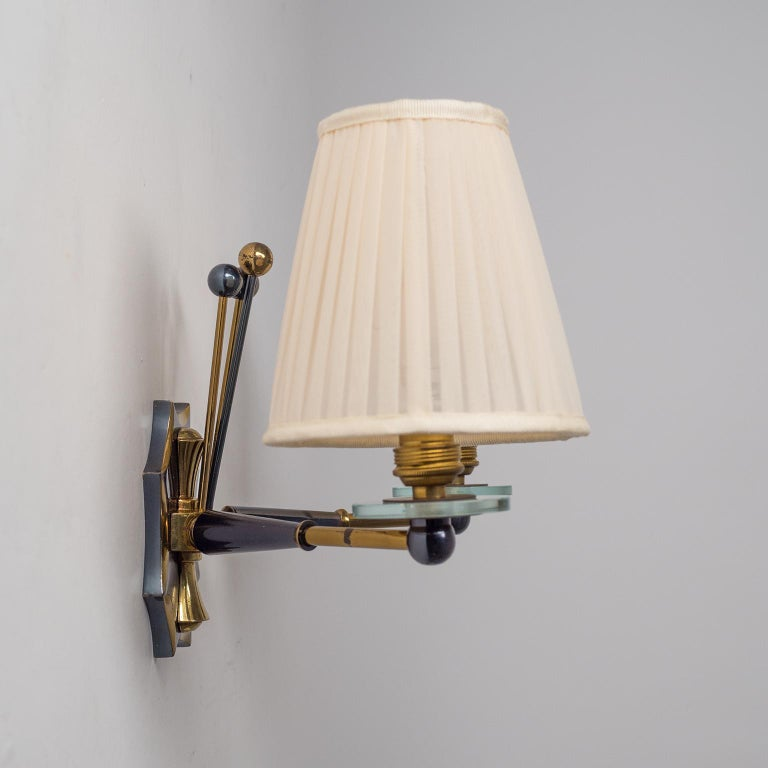 Pair of French Wall Lights, circa 1950, Patinated Brass For Sale 4