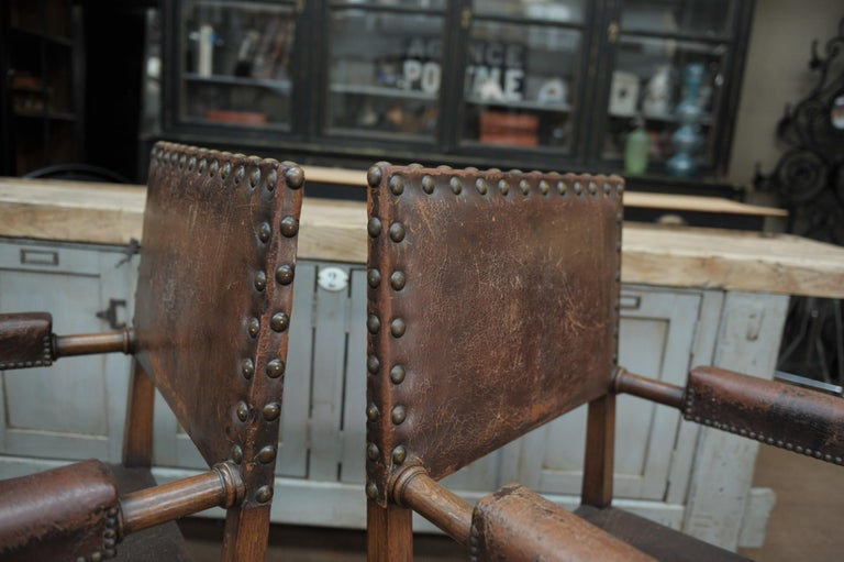 Pair of French Walnut and Leather Chairs, circa 1900 In Good Condition In Roubaix, FR