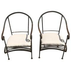 Paar französische schmiedeeiserne Garten-Loungesessel