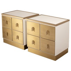 Pair of Frigerio White Lacquered and Brass Nightstands, Italy, 1970s