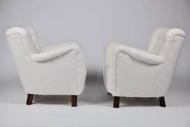 Pair of Fritz Hansen 1669 Easy Chairs In Excellent Condition For Sale In Hamburg, Hamburg