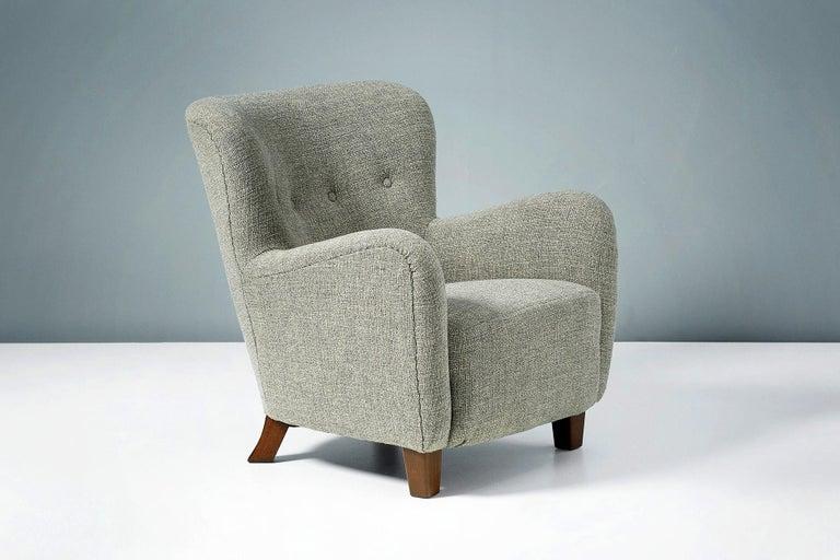 Danish Pair of Fritz Hansen 1940s Linen Armchairs For Sale