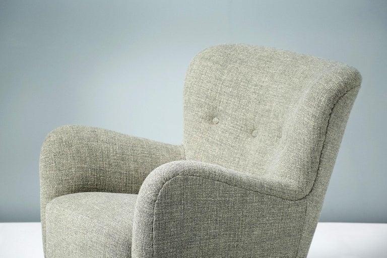 Beech Pair of Fritz Hansen 1940s Linen Armchairs For Sale
