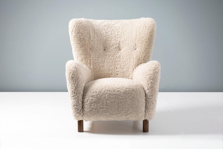 Pair of Fritz Hansen 1940s Sheepskin Armchairs In Excellent Condition For Sale In London, GB