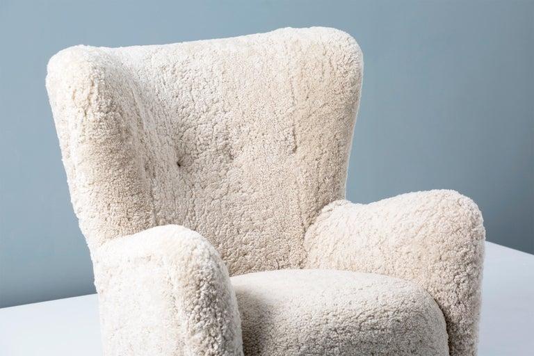Mid-20th Century Pair of Fritz Hansen 1940s Sheepskin Armchairs For Sale