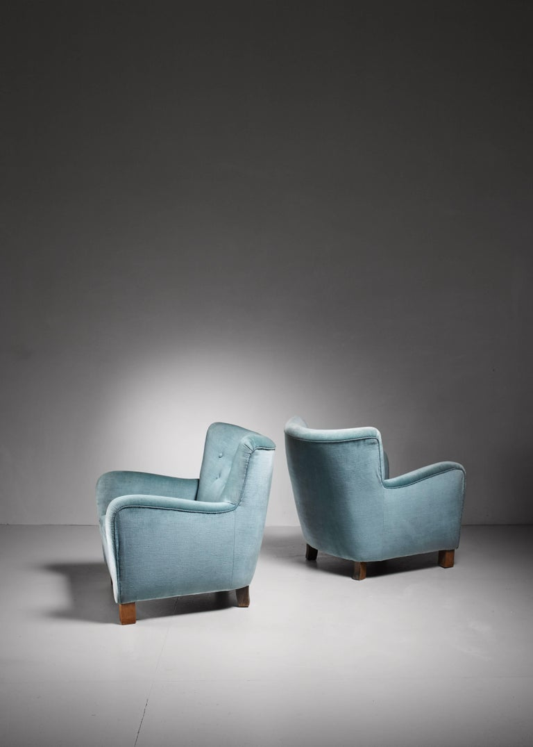 Scandinavian Modern Pair of Fritz Hansen Lounge Chairs, Denmark, 1940s For Sale