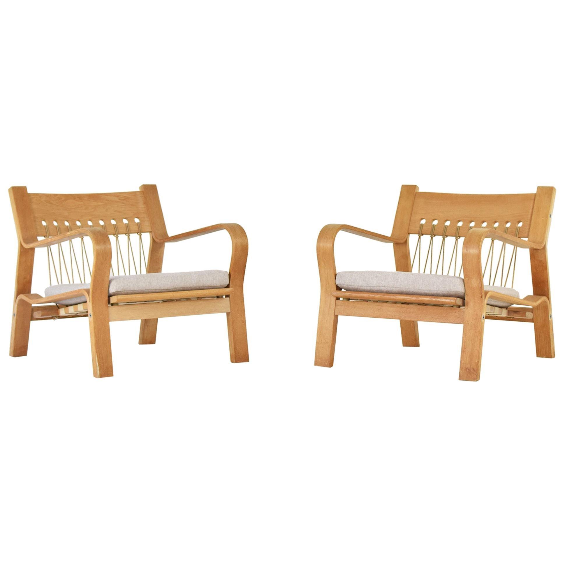 Pair of GE 671 Easy Chairs by Hans Wegner for GETAMA, Denmark, 1967