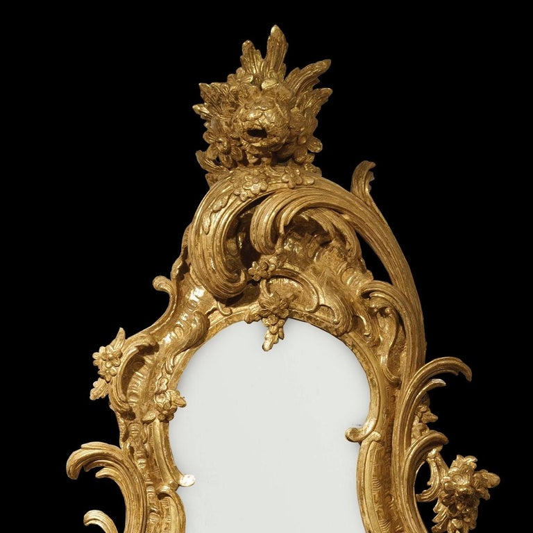 Pair of George II Style Carved Giltwood Mirrors In Good Condition For Sale In London, GB
