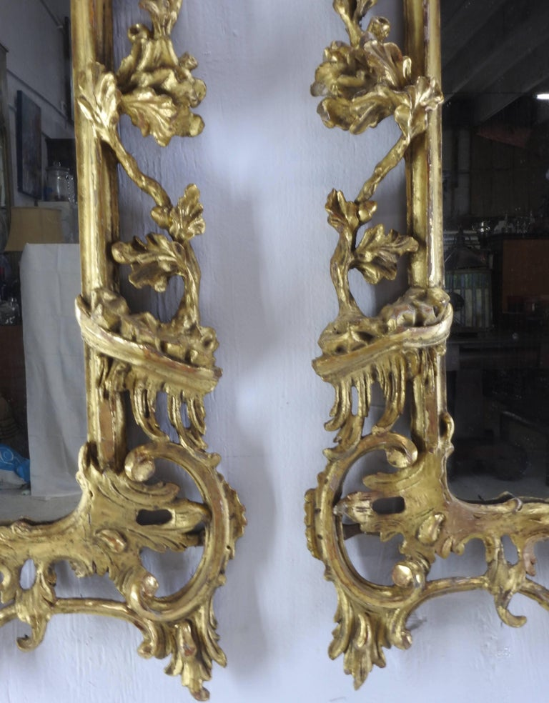Pair of George III Bright Gilt Mirrors For Sale 2