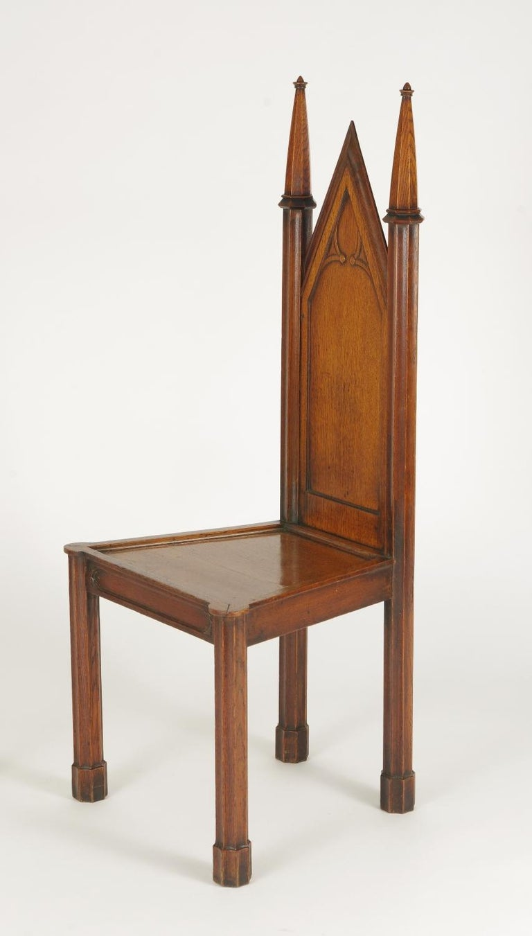 Pair of George III Oak Gothic Hall Chairs, circa 1800 For Sale 3