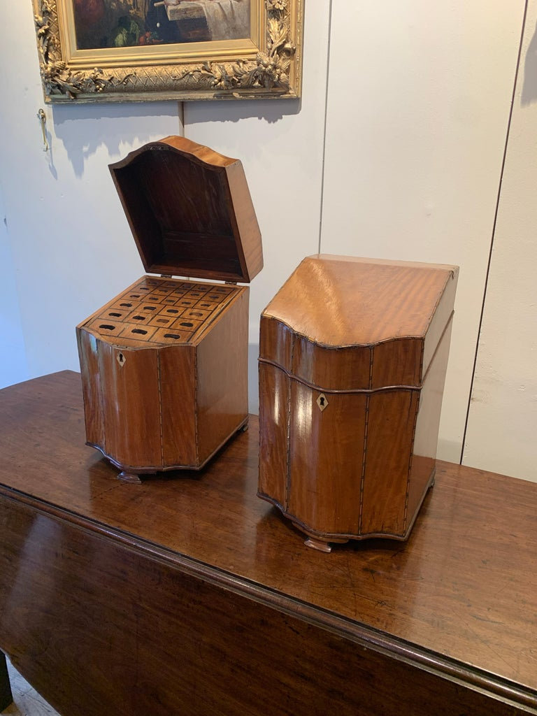 Pair of George III Satinwood Knife Boxes, with Boxwood Stringing In Good Condition In Stamford, GB