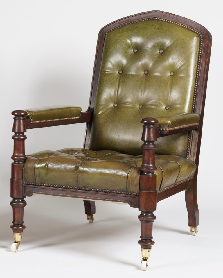 English Pair of Georgian Mahogany and Green Leather Armchairs For Sale