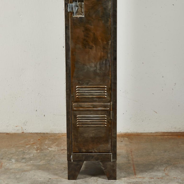 Pair of German Metal Lockers, circa 1940 For Sale 5