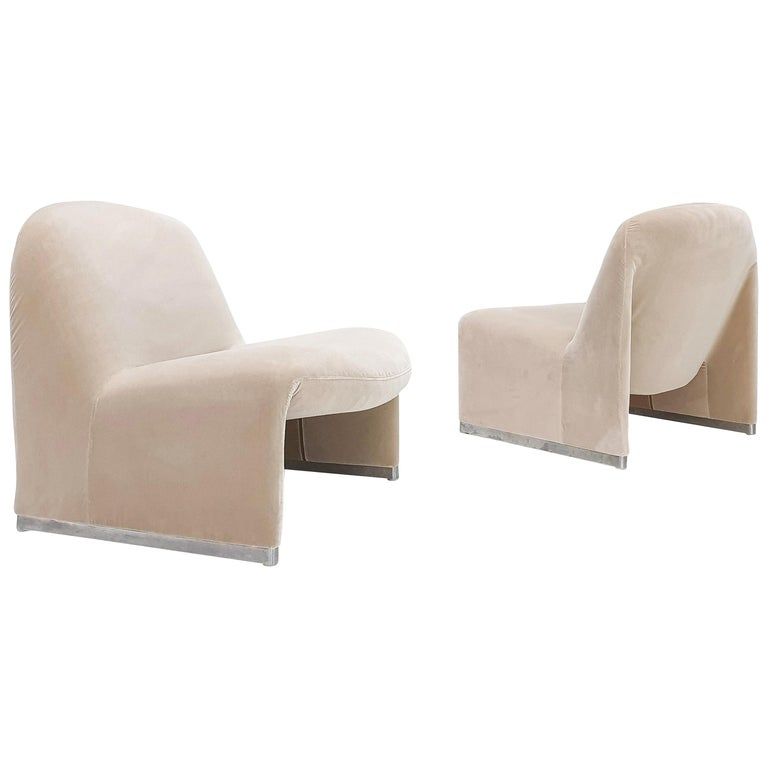 """Pair of Giancarlo Piretti """"Alky"""" Chairs in New Velvet, Artifort, 1970s For Sale"""