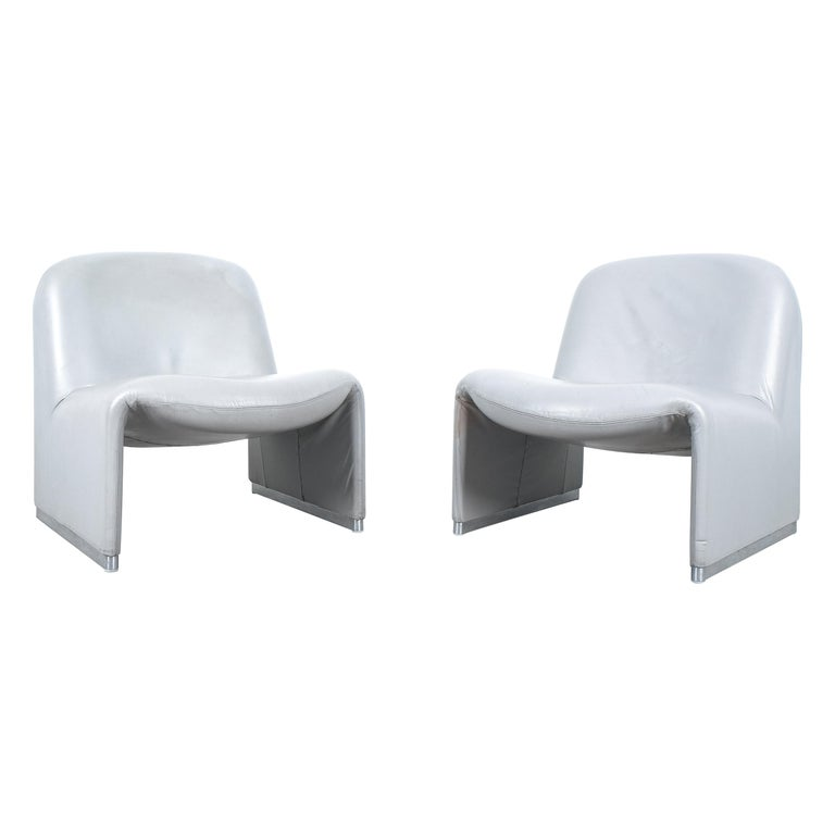 """Pair of Giancarlo Piretti """"Alky"""" Grey Leather Chairs, Castelli, 1969 For Sale"""