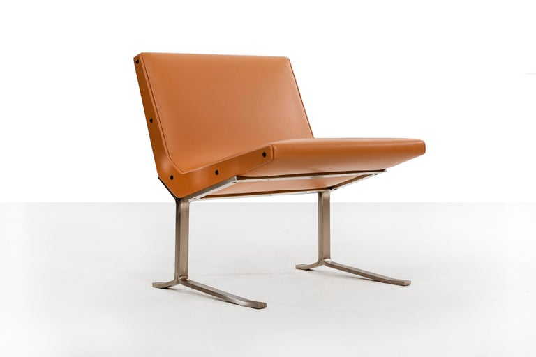 Mid-20th Century Pair of Gianni Moscatelli Lounge Chairs For Sale