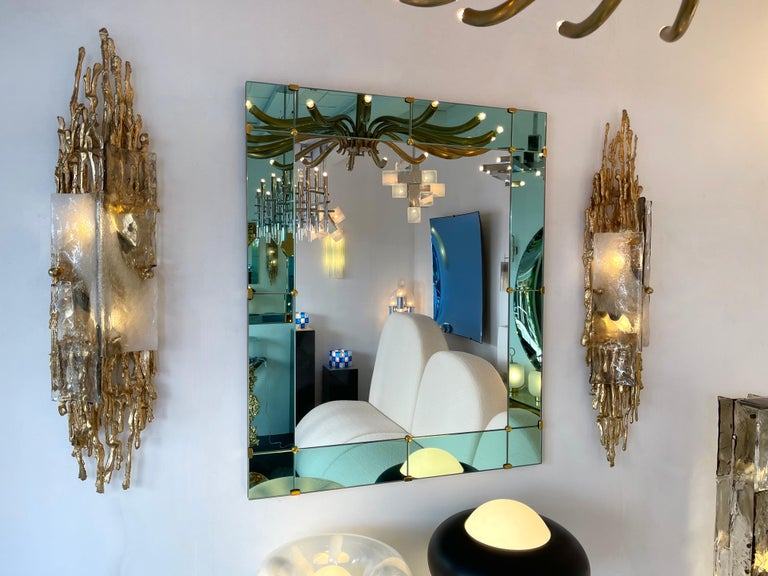 Rare and large pair of gilt bronze wall lamps lights sconces, murano glass diffusor. Unique and singular technique used by Boeltz and called by him