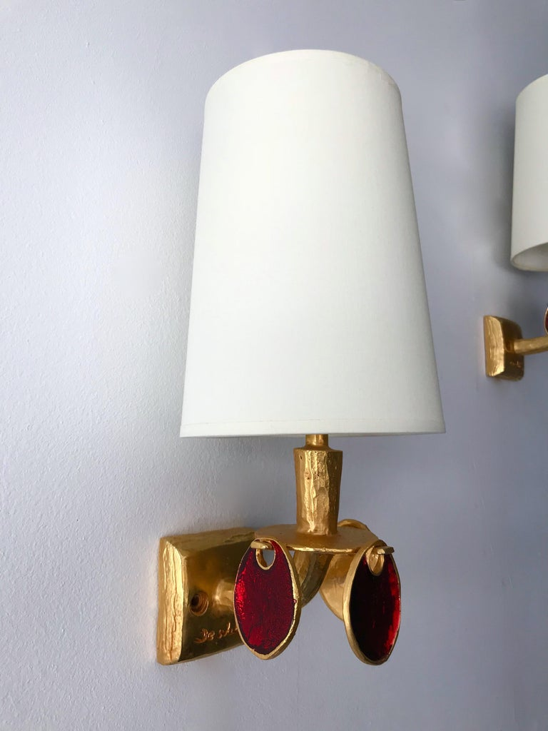 Pair of Gilt Bronze Sconces by Nicolas Dewael for Fondica, France, 2000 In Excellent Condition For Sale In SAINT-OUEN, FR