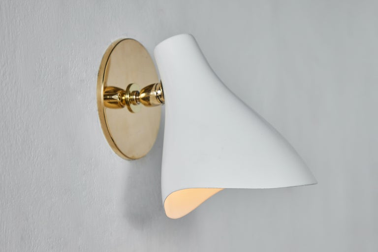 Pair of Gino Sarfatti Model #10 Sconces for Arteluce In Good Condition For Sale In Glendale, CA