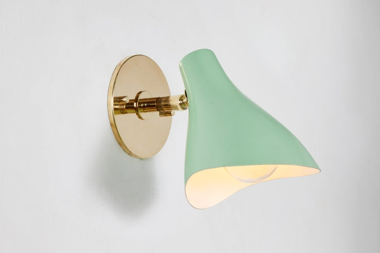 Pair of Gino Sarfatti Model #10 Sconces in Green for Arteluce For Sale 6