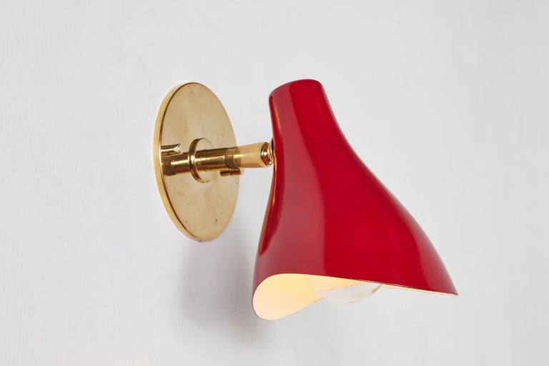 Pair of Gino Sarfatti Model #10 Sconces in Red for Arteluce For Sale 10