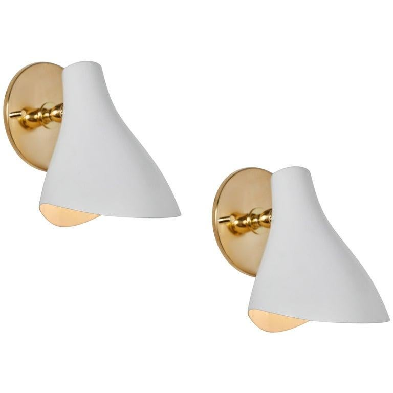 Painted Pair of Gino Sarfatti Model #10 Sconces in Red for Arteluce For Sale