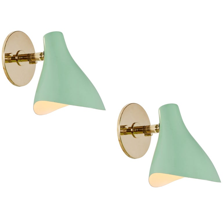 Pair of Gino Sarfatti Model #10 Sconces in Red for Arteluce In Good Condition For Sale In Glendale, CA